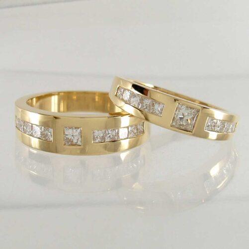 Gold Princess Diamond Tapered Couple Rings
